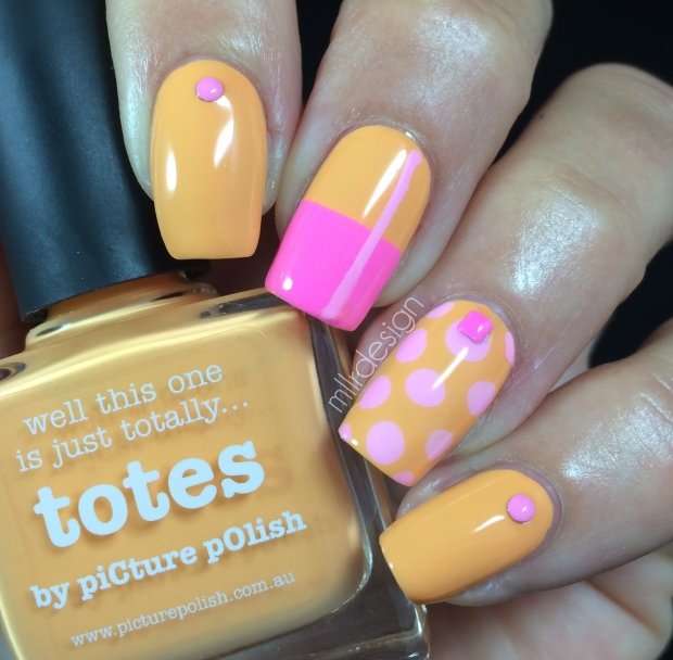 Color block with dots