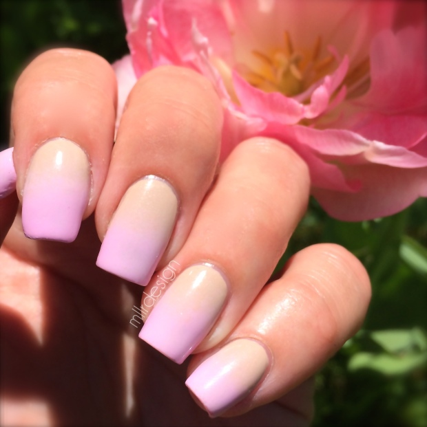 Pink and beige gradient