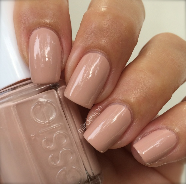 Essie 'Spin the bottle'